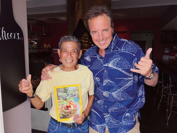 "Richard Shim, a fan of ""The Blue Zones Solution"" author Dan Buettner (right), said he's inspired to do more than 100 push-ups daily at age 85. -- BLUE ZONES PROJECT photo"