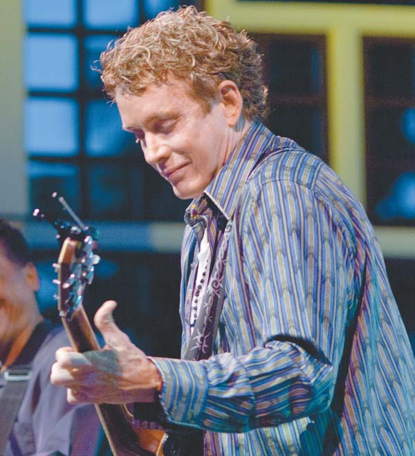 See Barry Flanagan and others at the Outlets' Labor Day Music Fest.