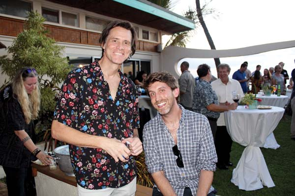 A-List actor, comedian, producer and now a new Maui resident Jim Carrey with pal Jeff Foster at the recent political fundraiser for U.S. Senator Mazie Hirono in Wailea. The Maui News / CARLA TRACY photo