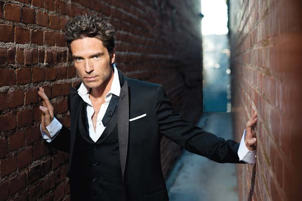 Richard Marx performs songs from his nearly 30-year career at 7:30 p.m. Tuesday in the Castle Theater at Maui Arts & Cultural Center in Kahului. Tickets are $59, $69, $89, and $160 for VIPs. For more information or to purchase tickets, call 242-7469 or visit the box office or www.mauiarts.org. Photo courtesy the artist