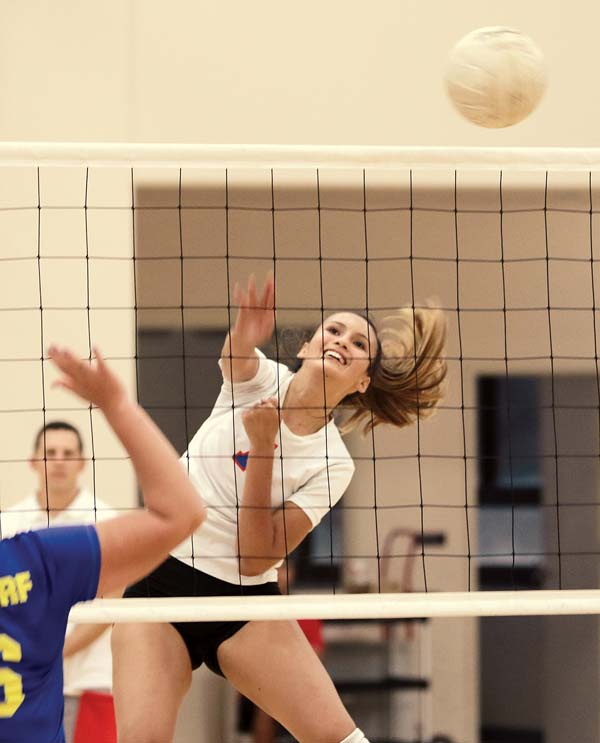 Seabury Hall's Isabel Bennett sends a ball over the net during the first set of the Spartans' 25-13, 25-10, 25-14 win over Haleakala Waldorf on Friday at Erdman Athletic Center. -- The Maui News / CHRIS SUGIDONO photo