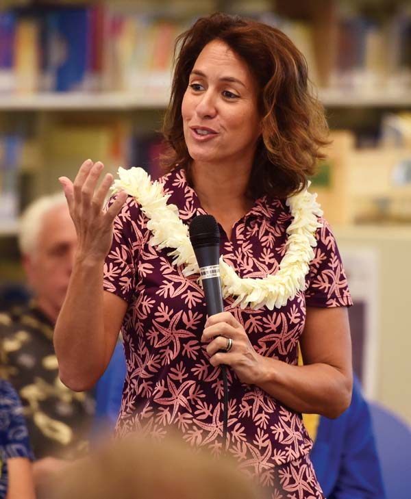 State Department of Education Superintendent Christina Kishimoto outlines her vision for Hawaii schools during a meeting at Pomaikai Elementary School on Friday afternoon. -- The Maui News / MATTHEW THAYER photo