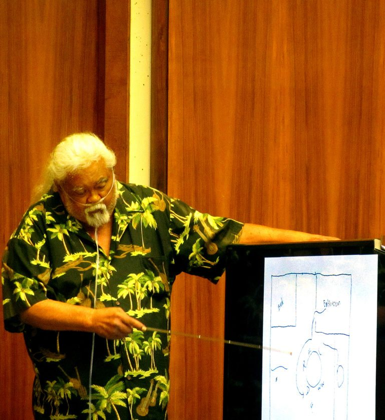 Wade Waikiki points to a diagram of his apartment at 1028 Wainee St., where a woman had her throat cut four years ago. He testified Thursday in the 2nd Circuit Court trial of Calvin Borge, who is charged with attempted murder in the stabbing. • The Maui News / LILA FUJIMOTO photo