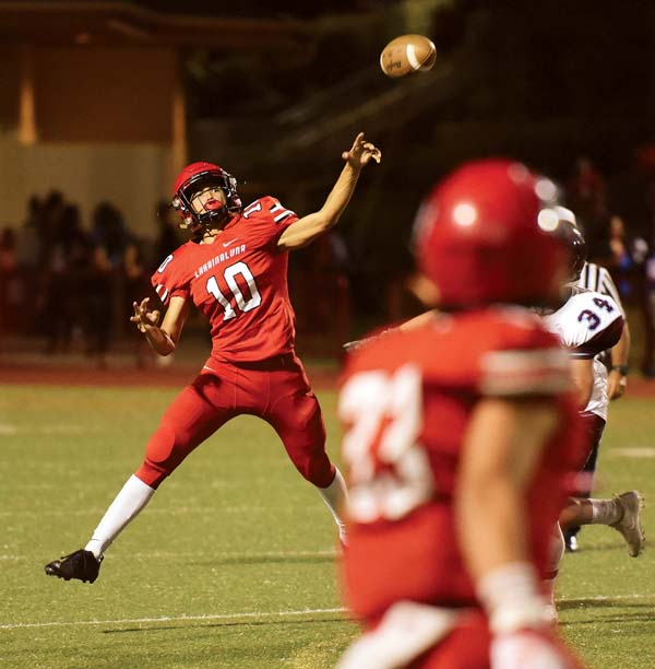 The Lunas' Kamahao Acpal releases a first-quarter pass. -- The Maui News / MATTHEW THAYER photo