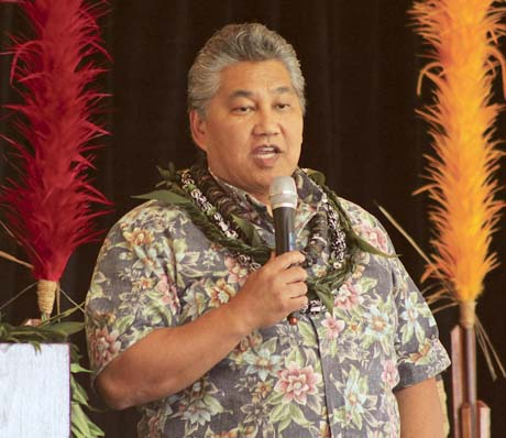 Ramsay Taum, founder and president of Life Enhancement Institute of the Pacific, discusses how tourism needs to benefit local communities Wednesday during the 11th annual Hui Holomua Business Fest. Speakers of Native Hawaiian, Alaskan and Native American descent shared ways that native communities can have more control over how their stories and cultures are portrayed to visitors. The Maui News / COLLEEN UECHI photo