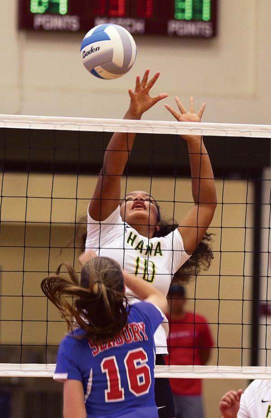 Fushia Tua of Hana tries to block a shot by Seabury Hall's Ella Connor in the second set Friday. -- The Maui News / CHRIS SUGIDONO photo