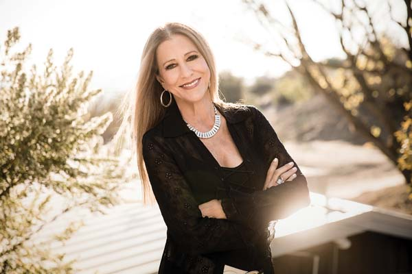 "Legendary ""Delta Lady"" Rita Coolidge brings her classics to the Maui Arts & Cultural Center on Nov. 19. Matt Beard photo"