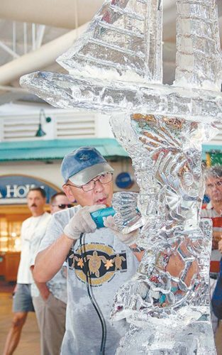Ice sculpting at Lahaina Cannery Mall