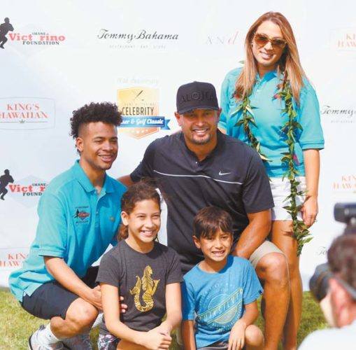Shane Victorino poses for a photo with his family Sunday during the Shane Victorino Foundation Golf Classic at the Wailea Gold Course. Pictured with him are wife Melissa, stepson Keenan Smith (left), daughter Kali'a and son Kingston. The Maui News / CHRIS SUGIDONO photos