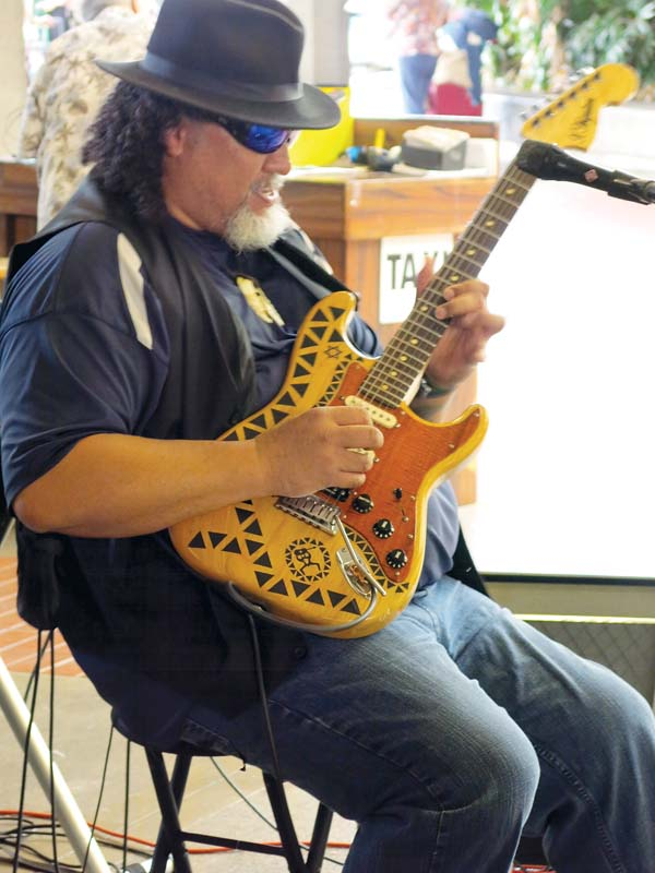 Enjoy Wednesday night with Willie K at Mulligans on the Blue in Wailea.