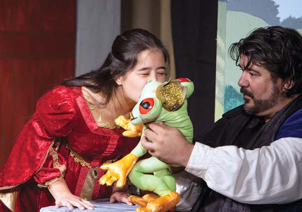 "Juliet Moniz (left) and Francis Tau'a bring the tale of ""The Frog Prince"" to life at ProArts Playhouse in Kihei. Jack Grace photo"