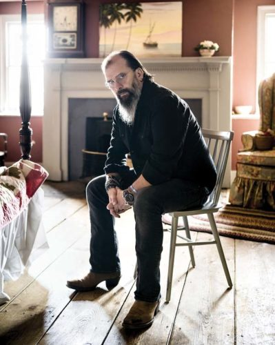 Multi-faceted Grammy Award-winner Steve Earle entertains at 7:30 p.m. Dec. 29 in the Maui Arts & Cultural Center's McCoy Studio Theater in Kahului. Pat Simmons Jr. will open the show. Tickets are $30, $45 and $65 (plus applicable fees). For more information or to purchase tickets, visit the box office, call 242-7469 or go to www.mauiarts.org. Chad Batka photo