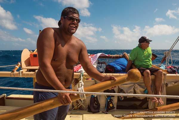 Nakua Konohia-Lind steers Hokule'a during the trip from Florida to Panama.