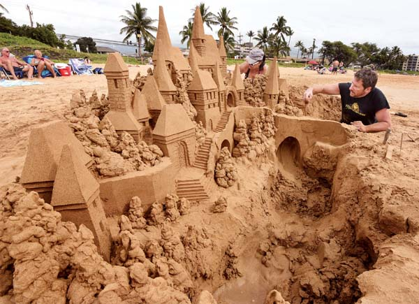 mt kihei sand sculpture b 2-21-18-1