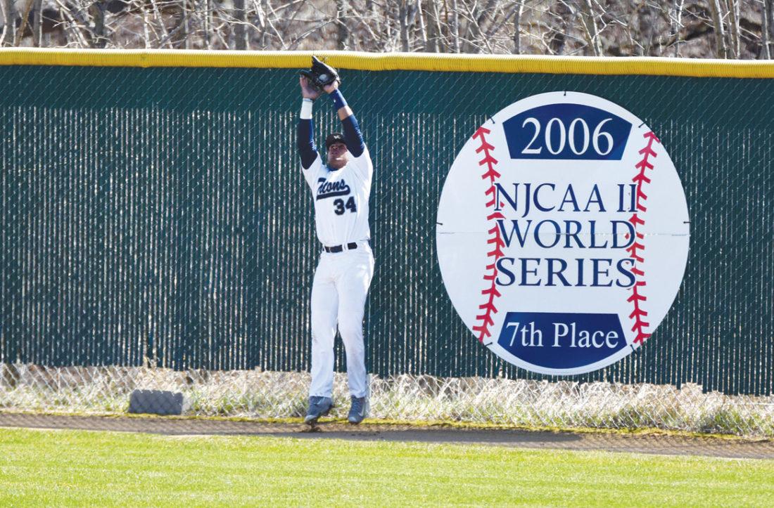 -Messenger photo by Britt Kudla Steven Calderon of Iowa Central makes a catch against Rochester on Thursday