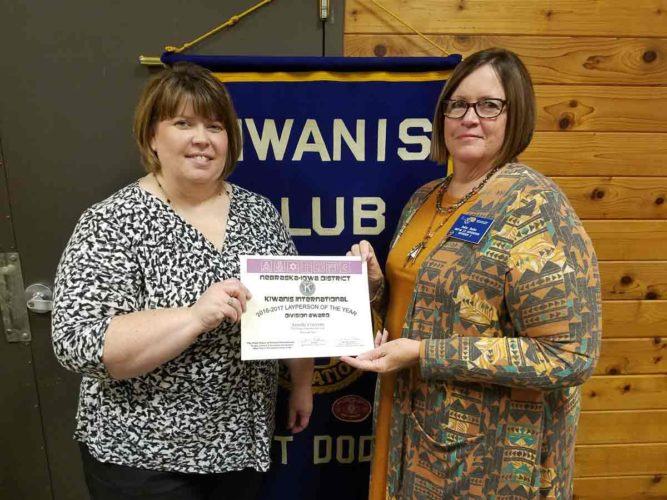 Janelle Cravens, Fort Dodge Noon Kiwanis member, received the Nebraska-Iowa District 2016/2017 Layperson of the Year award.  Presenting certificate is Division 2 Lt. Gov. Jodie Janke of Fort Dodge.