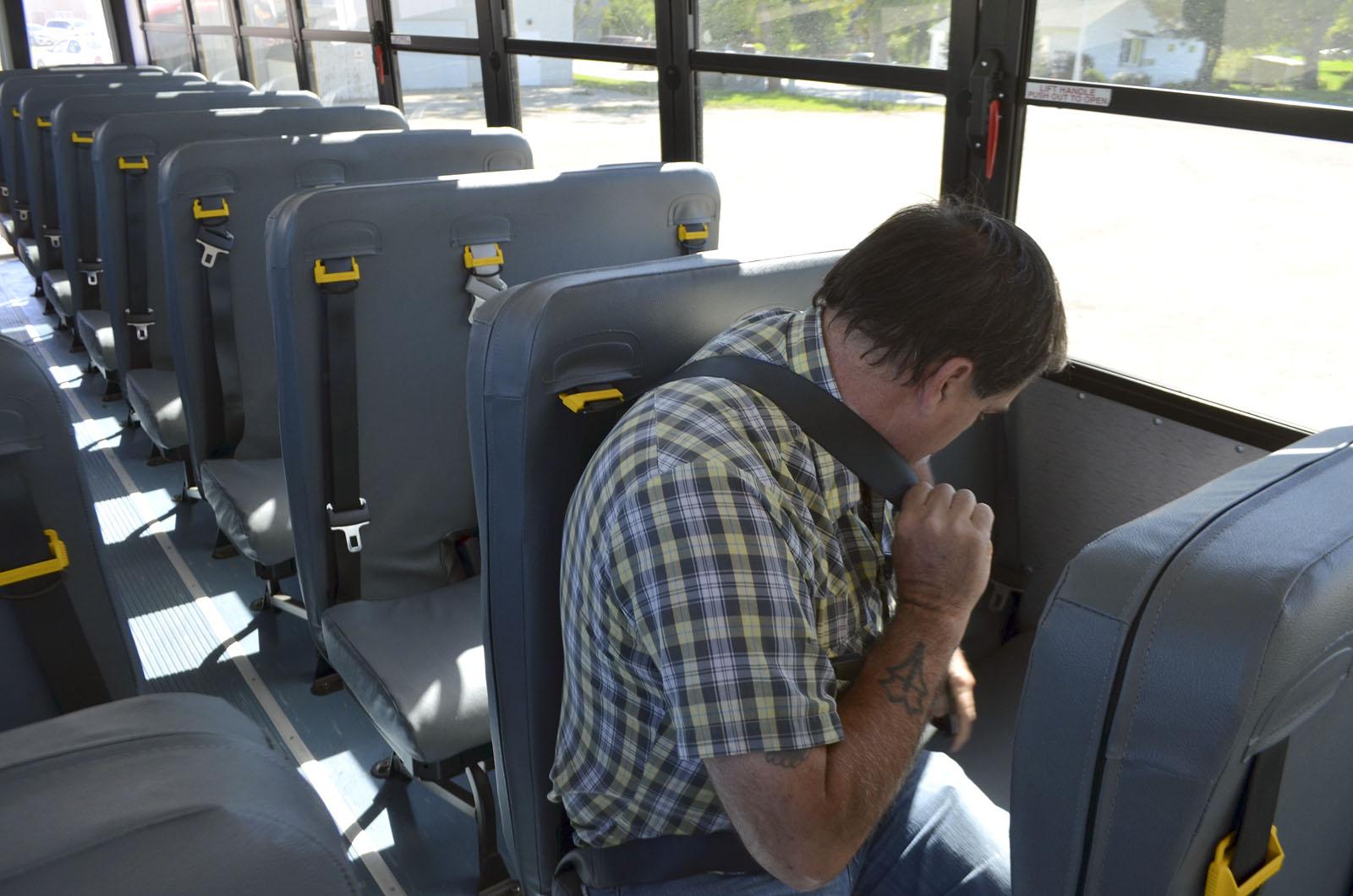 seat belts for everyone news sports jobs messenger news