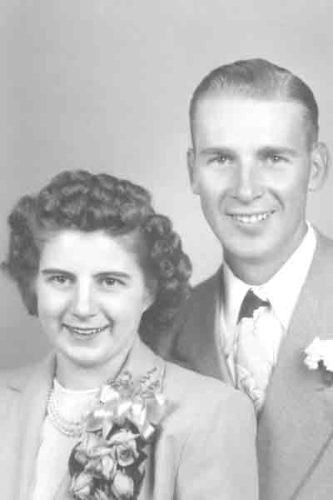Doris and Glen Mundt in 1947