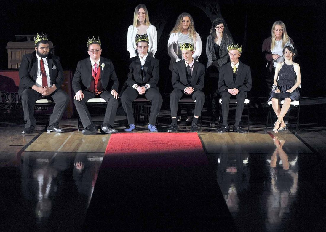 6 students crowned kings and queens for prom