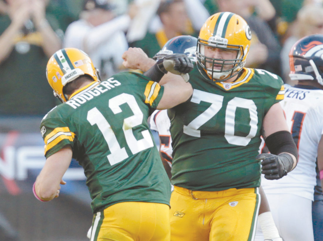 Ex Green Bay Packers offensive guard T J Lang returning home to