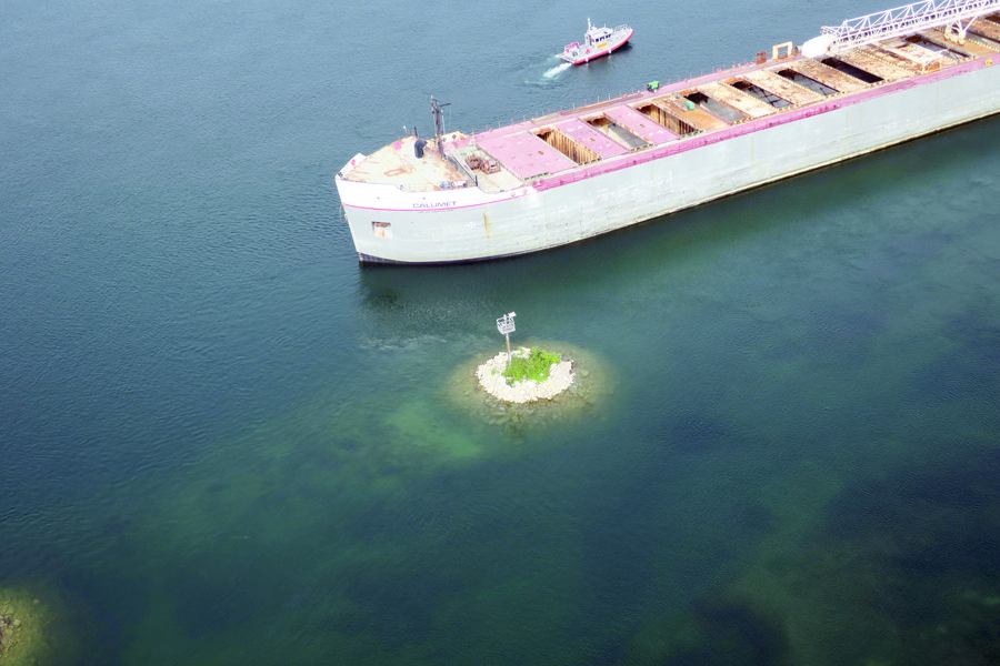 630-foot Great Lakes freighter runs aground near Upper Peninsula