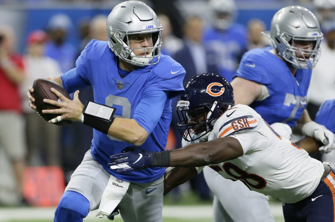 Jackson's pick-six lifts Bears over Lions