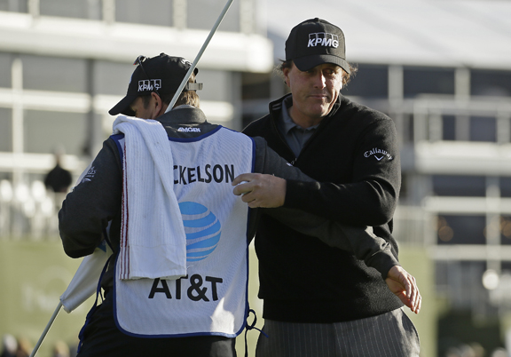 Phil Mickelson finishes off a 5th win at Pebble Beach