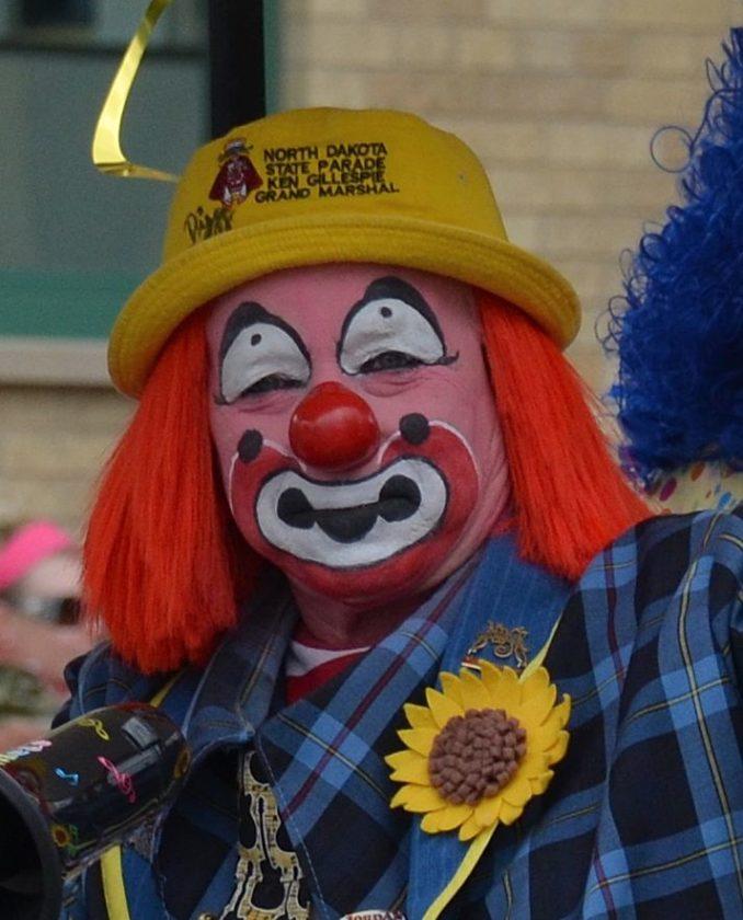 Eloise Ogden/MDN Ken Gillespie aka 'Dizzy the Clown'