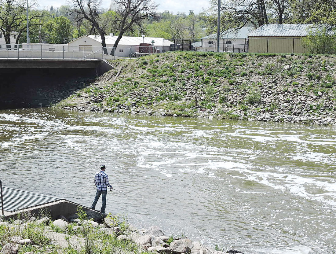 Souris River Fishermen Cited News Sports Jobs Minot