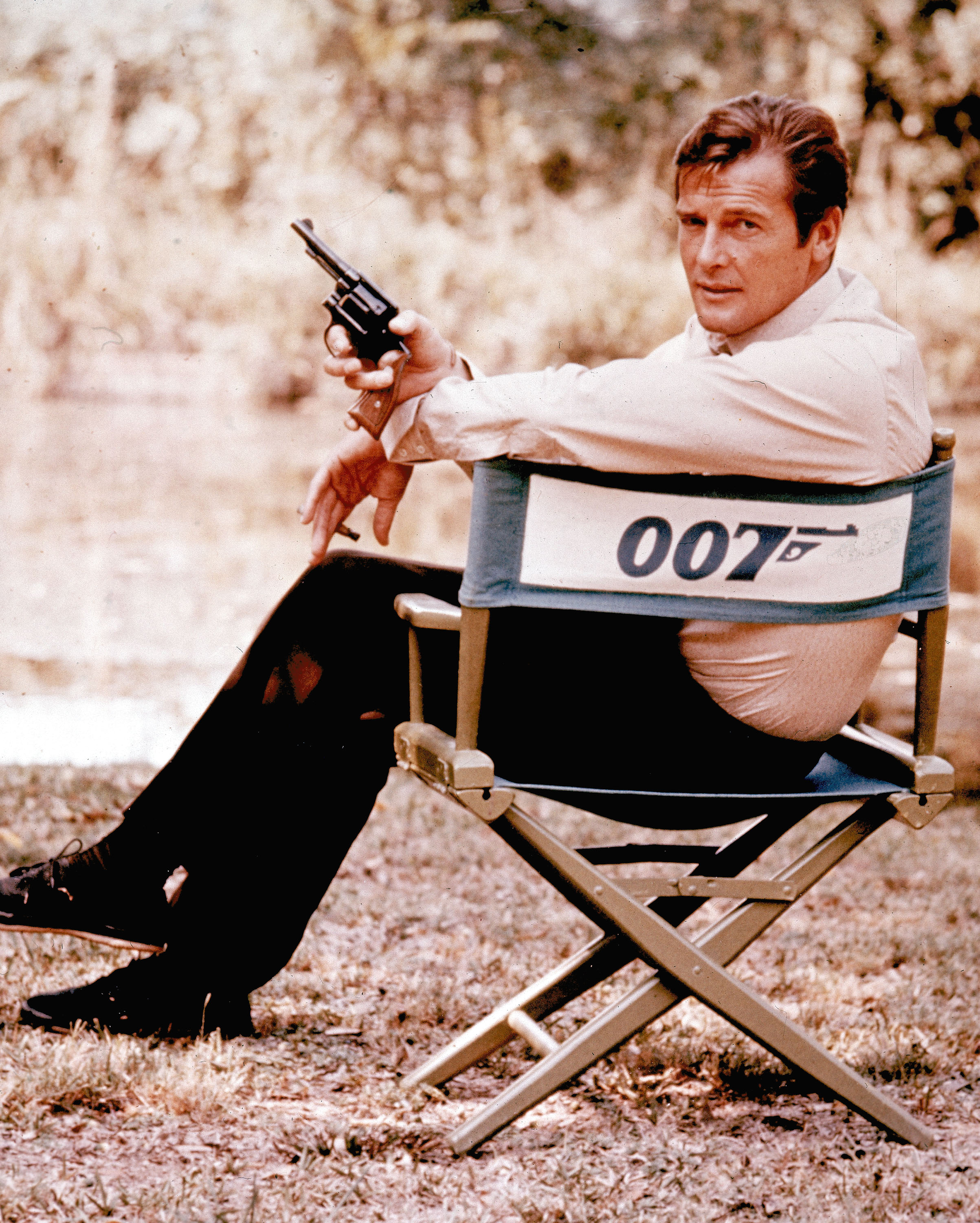 With an arched brow, Roger Moore found humor in Bond, life - Minot Daily News