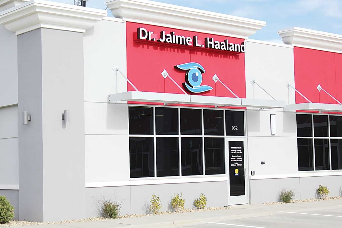 Ashton Gerard/MDN Dr. Jaime L. Haaland's office, located at 932 37th Avenue SW, is located at the left of the building while Darin S. Scherr's is at the right.
