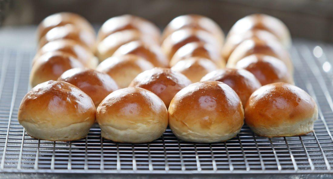 50 minute hamburger buns.  David Samson / The Forum