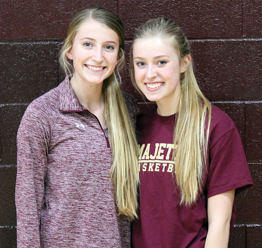 Alex Eisen/MDN Majettes siblings in sophomore Allie Nelson (left) and senior Brooke Nelson (right