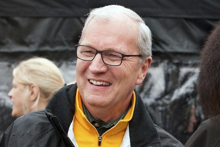 Cramer ousts Heitkamp