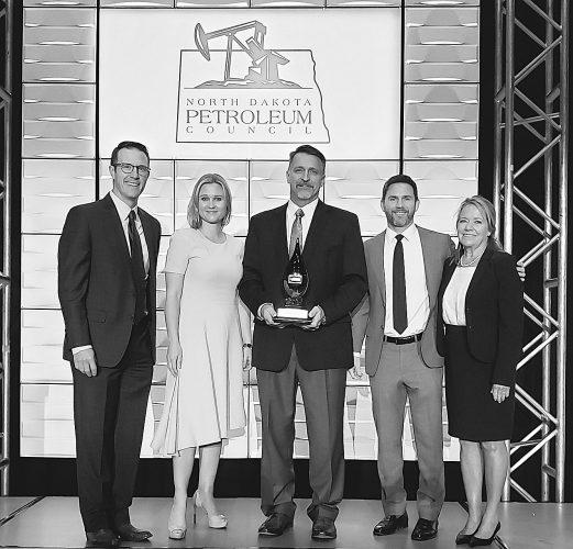 ND Petroleum Council  presents awards