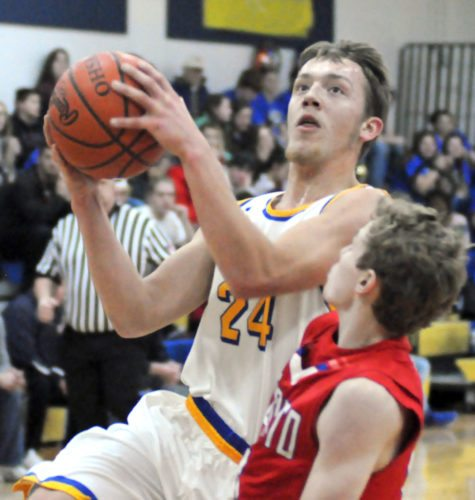 Southern Local's Ethan West goes up for a layup against Toronto's Brendan Matyas on Friday night.