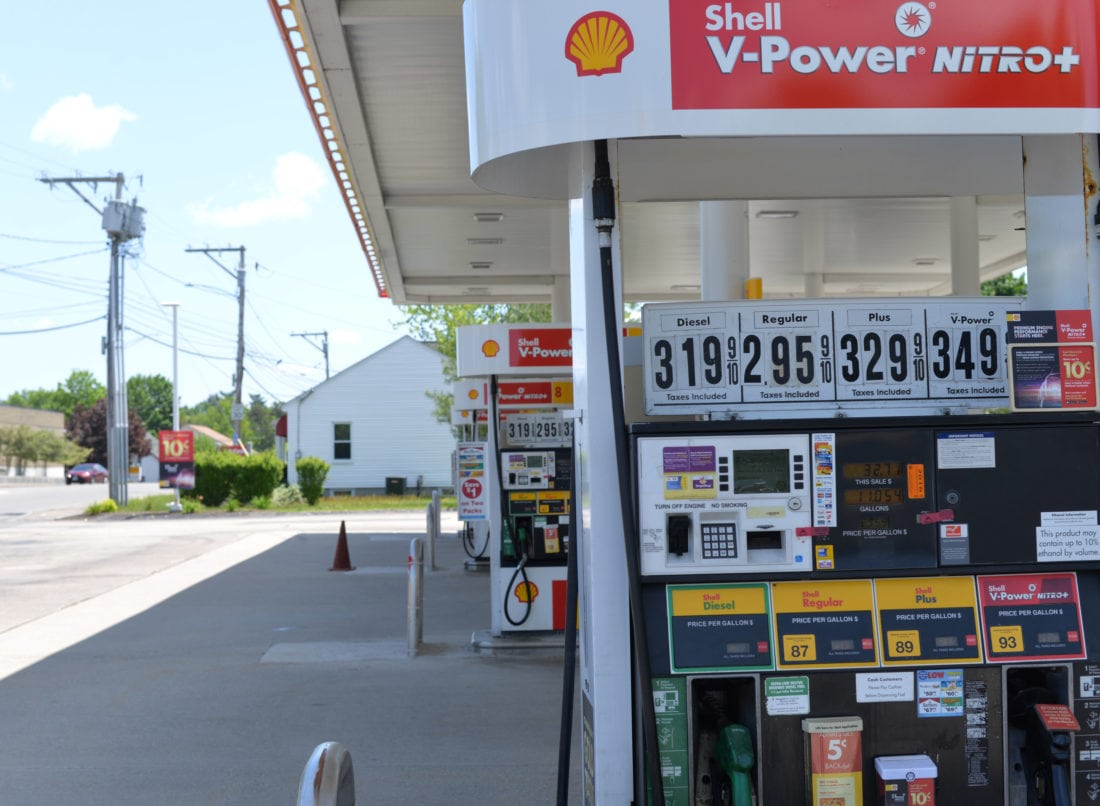 Prices High At The Pumps News Sports Jobs The Nashua Telegraph