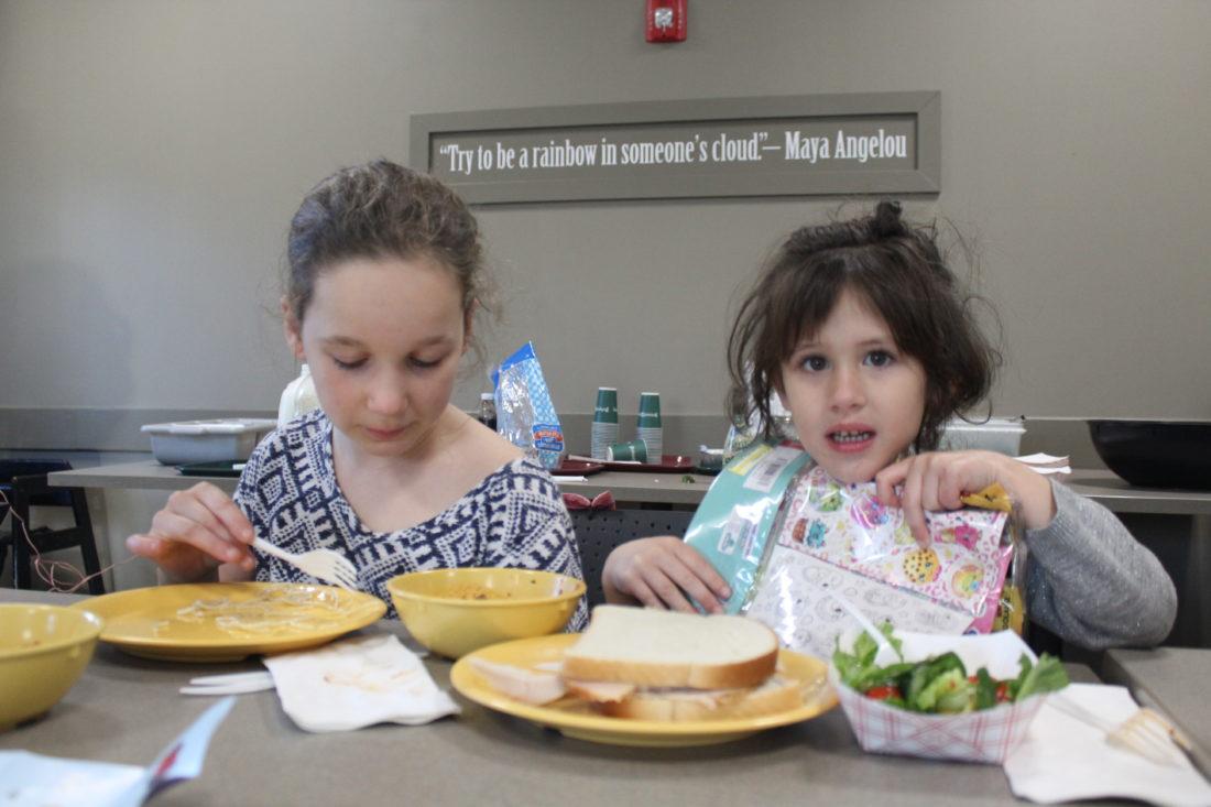 soup kitchen combats childhood hunger news sports jobs the nashua telegraph - Food Kitchen