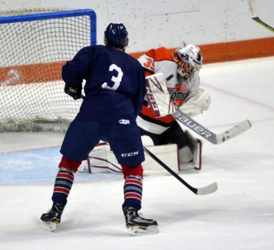 Komets goaltender Michael Houser made 33 saves in Monday's 4-1 exhibition game win over the Kalamazoo Wings. (By Blake Sebring of The News-Sentinel)
