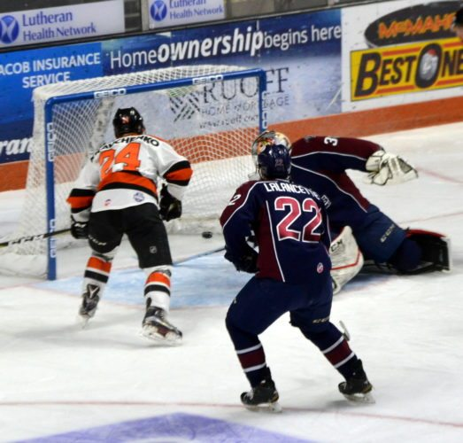 Dennis Kravchenko stays hot with his fourth goal in three games with this second-period deflection. (By Blake Sebring of News-Sentinel.com)
