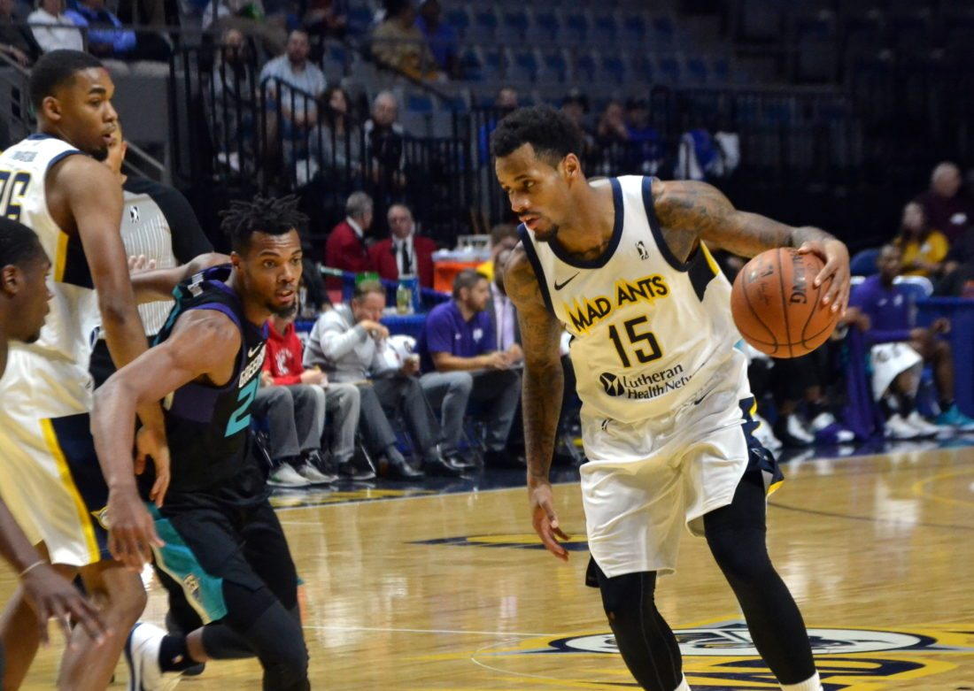 Walt Lemon Jr. has helped the Mad Ants to a franchise record-tying eight game winning streak by averaging 26.6 points per game. (By Blake Sebring of News-Sentinel.com)