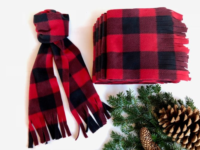 Be warm and feel cozy with easy, no-sew polar fleece scarves.
