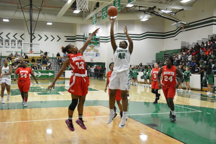 Lamyia Woodson led the South Side Archers in points (14) and rebounds (eight) as South stayed perfect in the SAC with a 30-point win over North Side. (Photo by Dan Vance of news-sentinel.com)