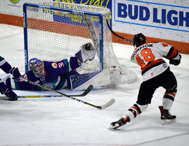 Komets forward Garrett Thompson has gotten hot lately, which is one reason why his team has as well. (By Blake Sebring of News-Sentinel.com)