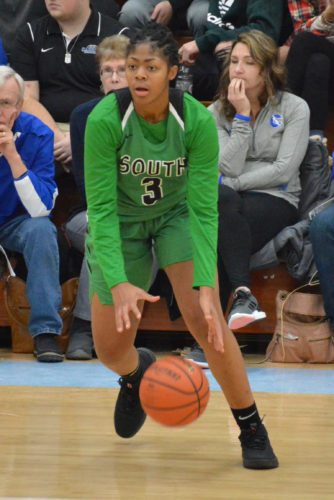 Alaya Chapman of South Side receives a pass on Friday night as the Archers took on Northrop in the semifinals of the SAC Holiday Tournament. (Photo by Dan Vance of news-sentinel.com)