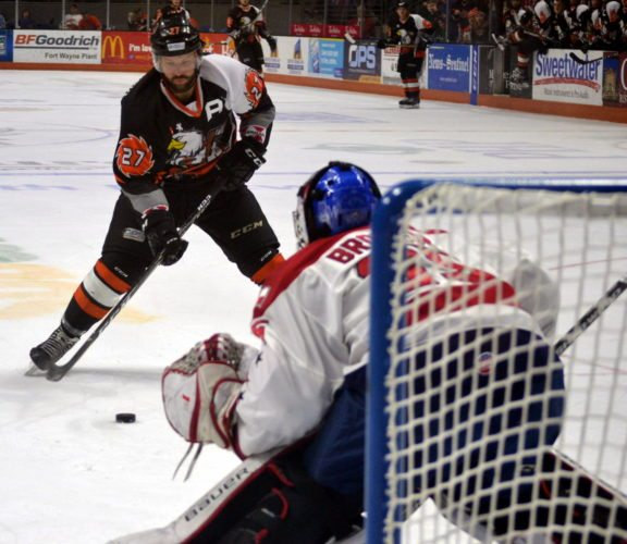 Komets winger Shawn Szydlowski skates in on Allen goaltender Jeremy Brodeur on a third-period breakaway. Brodeur made the save. (By Blake Sebring of News-Sentinel.com)