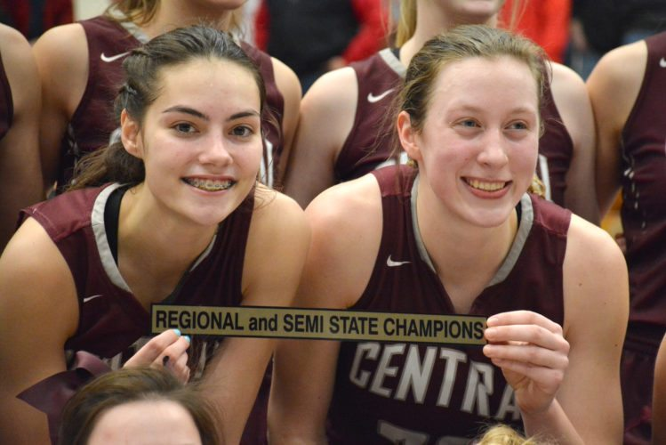 Central Noble juniors Sydney Freeman and Meleah Leatherman are the top shooting duo in the Class 2A state finals. (Photo by Dan Vance of news-sentinel.com)