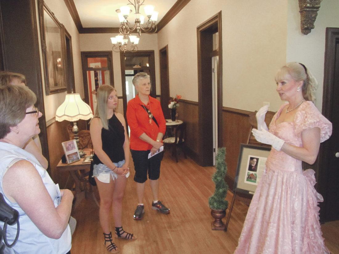 Julia-Ann Square Historic District hosts home, garden tour | News ...