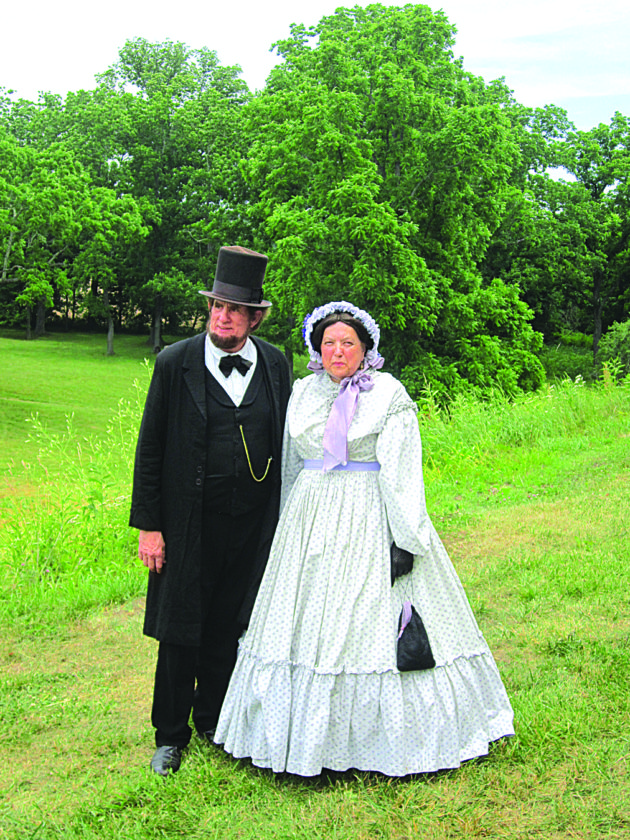 Photo by Wayne Towner President Abraham Lincoln and First Lady Mary Todd Lincoln were portrayed by John W. and Marian King, of Ashtabula, Ohio, during the annual Civil War Re-enactment Weekend at Henderson Hall in Boaz.