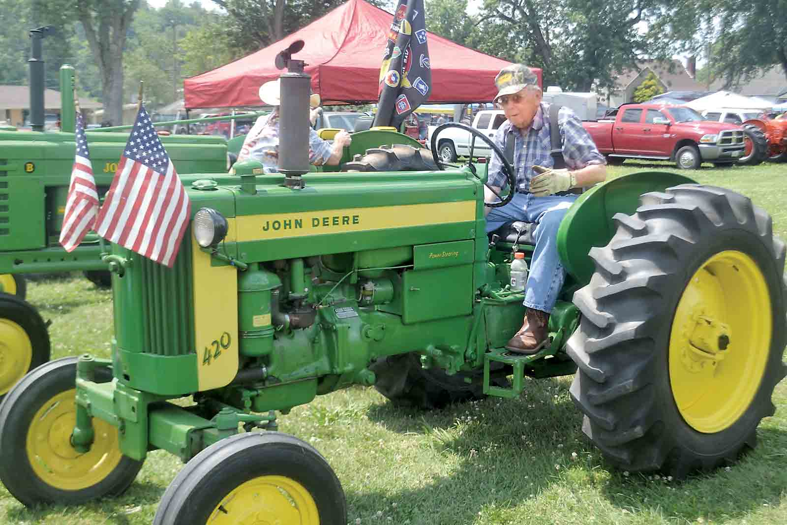 John Deere Tractor Shows : Antique engine and tractor show displays machinery news
